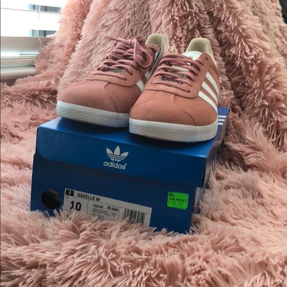 Zapatillas adidas Gazelle  mujer zapatos pinkwhite poshmark